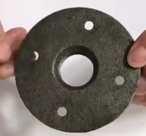 1/2 Inch Sliver Malleable Threaded Floor Flange